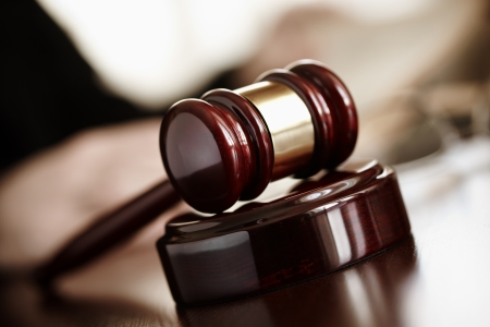 Grozījumi Zvērinātu tiesu izpildītāju likumā